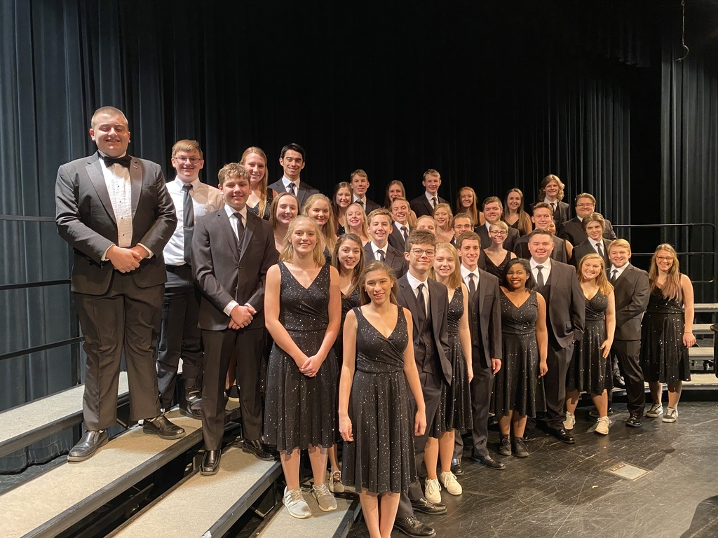 Picture of the show choir, The Association.